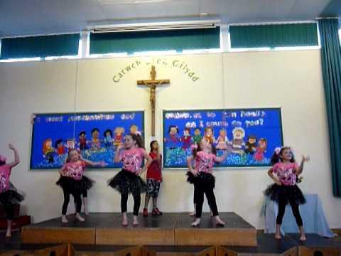 Smashettes St Mary's RC School Chepstow - YouTube