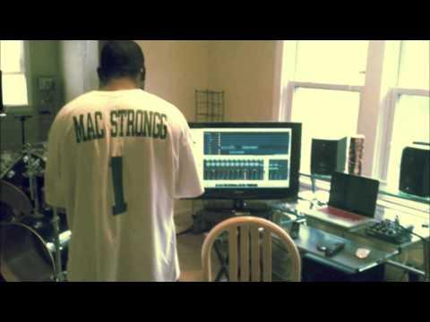 Sweet Dreams - Mac Strongg (Prod. by Gene Thompson)
