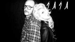 "Lady Gaga sign song ""Electric Chapel"" (Acapella on GAGA"