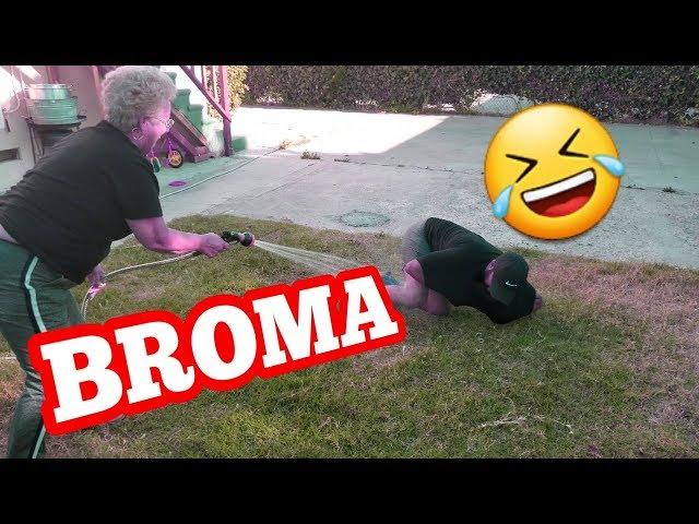 Saca Los Codos Y Te Doy $100 (Broma)  Rosa y Jaime
