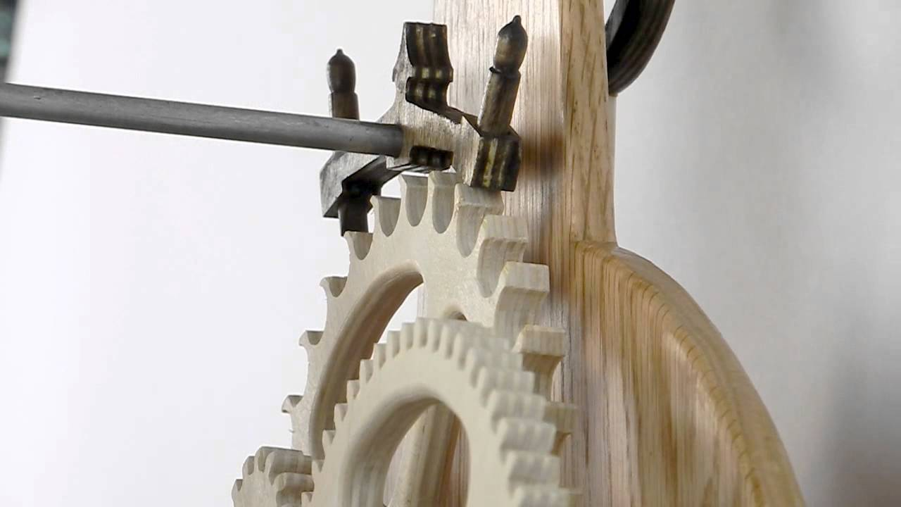 Law Clock - Scroll Saw Woodworking & Crafts - YouTube