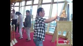 大阪のシンボル 通天閣 世界のタワー通天閣 その通天閣観光株式会社 西...