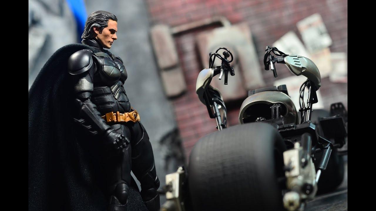 Tamashii Nations Bandai S.H Figuarts Bat-Pod The Dark Knight Action Figure