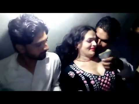 Download Anmol New Latest Mujra