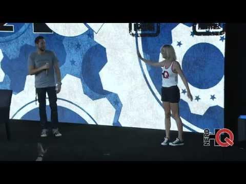 The Way Zachary Levi & Yvonne Strahovski Ended Their 2014 NerdHQ Panel (Yvonne Dances).