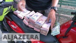 Venezuela crisis worsened by severe cash shortage