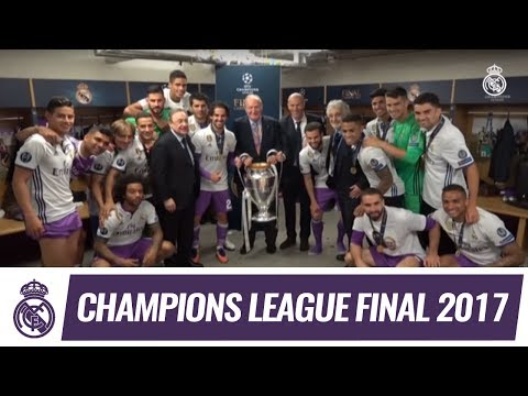 King Juan Carlos Congratulates The Squad In The Dressing Room