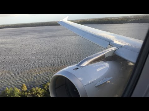 American Airlines Airbus A321 Landing at Orlando International Airport (MCO)
