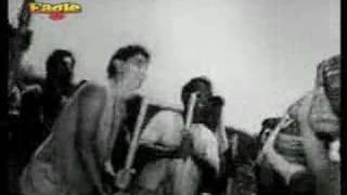 "Char dil char rahen - ""saathi re bhaai re"""