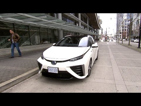 Test-driving a hydrogen fuel cell car