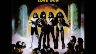 KISS got love for sale