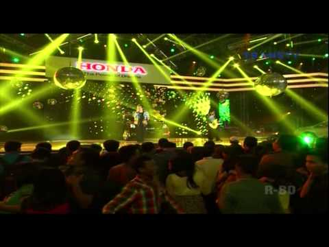 WALI BAND [Aku Bukan Bang Toyib] Live At Pesta Bintang (02-02-2014) Courtesy TRANS TV