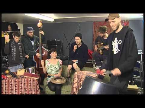 "Kulturpalast-Rap mit ""Käptn Peng & Die Tentakel von Delphi"""