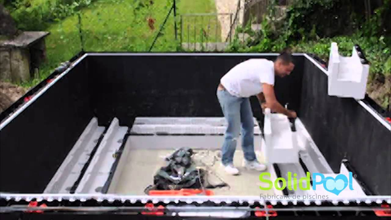 Spa Exterieur En Dur Montage Spa Solidpool - Youtube