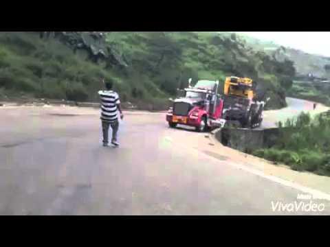 Momentos en carretera / TRUCKS COLOMBIA OFICIAL