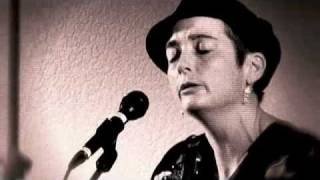 Maria Dunn - We Were Good People (Live) - Copyright Maria Dunn & William Dolinsky, 2003