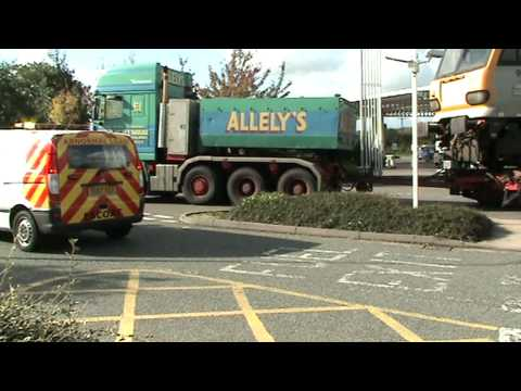 Alleys  heavy haulage on M42 services