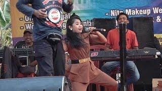 Download lagu Latahnya bikin Ngakak || Bangbung Hideung || Nita Nada Enterprize || Selang-Ciwaringin Kab. Karawang