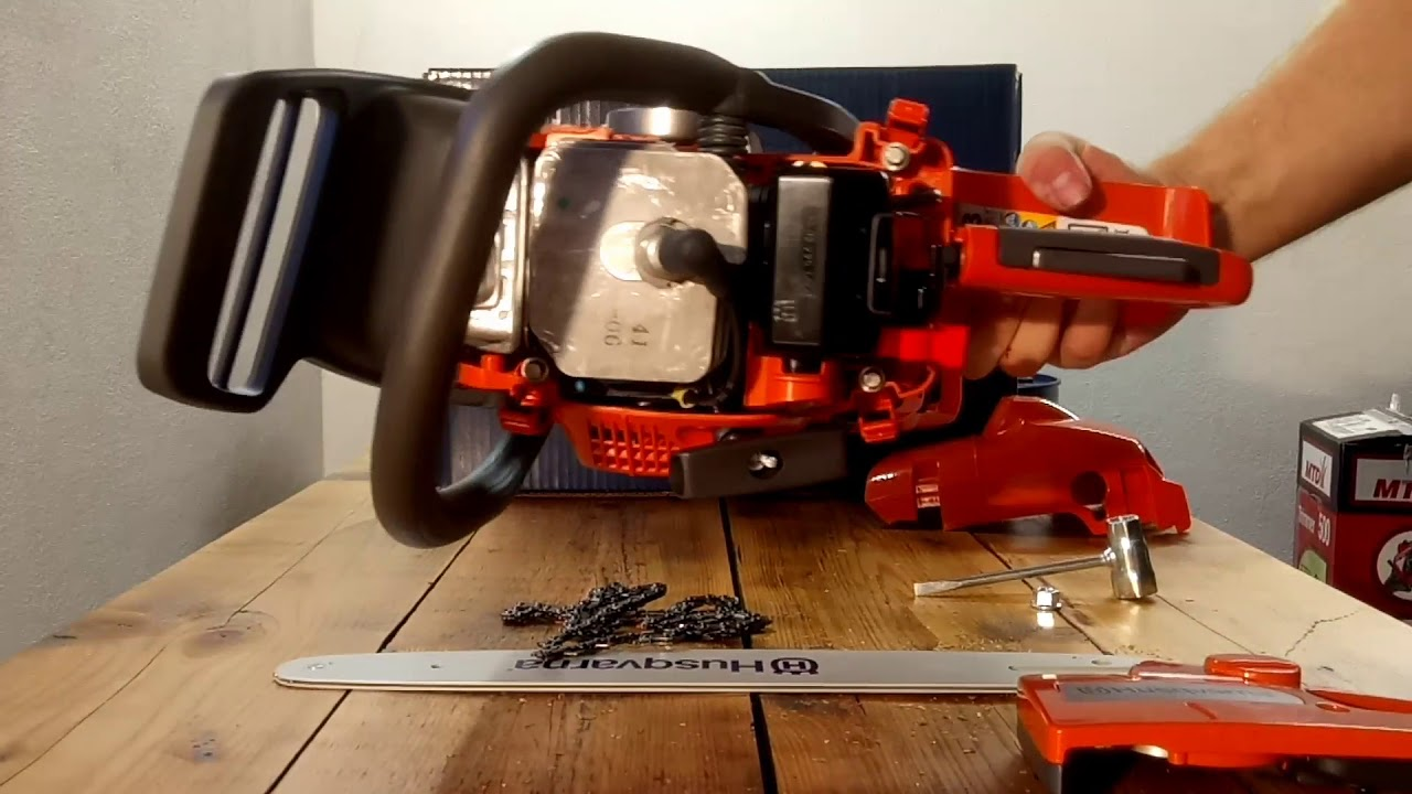 unboxing chainsaw husqvarna 135 youtube. Black Bedroom Furniture Sets. Home Design Ideas