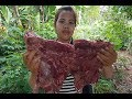 Easy Cooking BBQ Delicious Recipe -How to Cook Cow bones -Village Food Factory -Street Food - APPLE