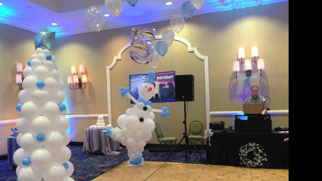 Balloon decoration in restaurant north pole party youtube for Balloon decoration ideas youtube