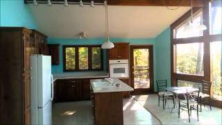River Front Home in TN with Great Views & Privacy