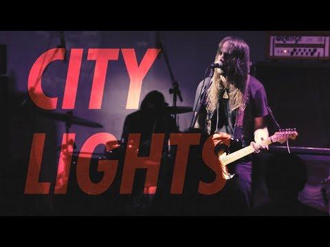 Travessa7 Outside: RADIO MOSCOW // CITY LIGHTS