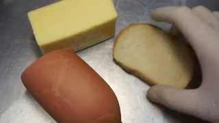 Бутерброд с сыром и колбасой (Sausage sandwich with cheese)