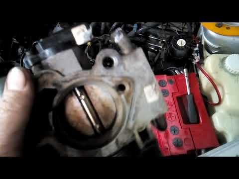 Почему масло попадает в гофру и на воздушный фильтр ВАЗ 2112, Приора 16 клапанов.