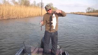 видео рыбалка астрахань в апреле