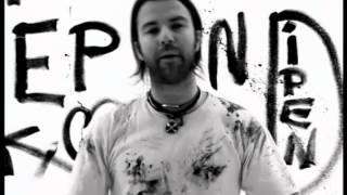 JARABE DE PALO - DIPENDE (Video Oficial en italiano)