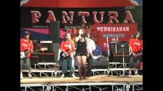 Hot Pantura Live Music - Menunggu