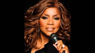 GLORIA GAYNOR - Never Can Say Goodbye