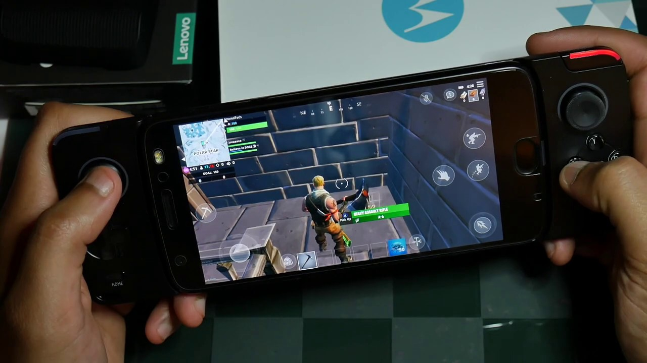 Will Fortnite Be On Motorola Moto Mods Collection With Fortnite Gameplay In 2019 Youtube