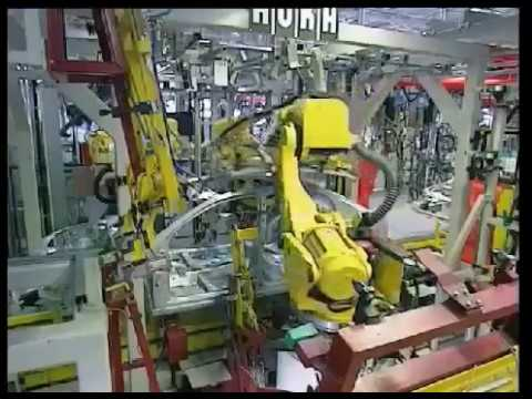 Een kijkje in de Opel fabriek in Russelsheim.