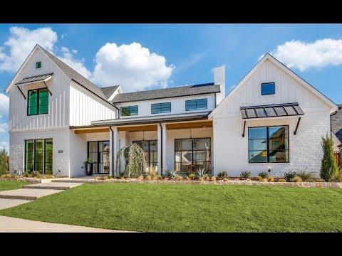 Heritage Homes Modern Farmhouse