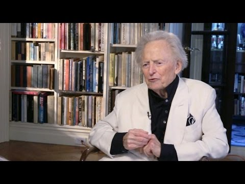 Tom Wolfe On Why Darwin's Evolution Theory Is A