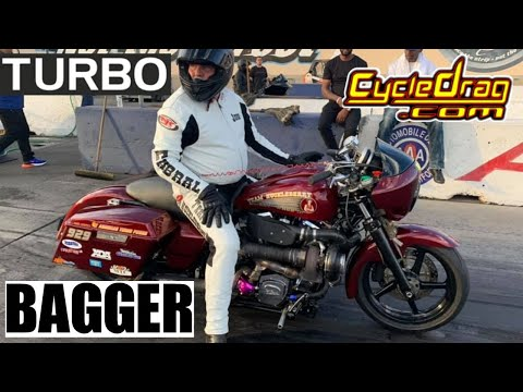BAGGER INSANITY! CRASHES, WHEELIES, HOLESHOTS AND TURBOS AS FASTEST HARLEY DAVIDSONS GRUDGE RACE!