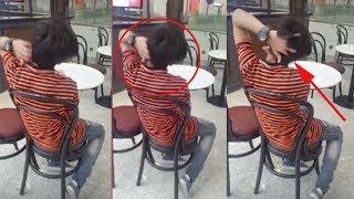 Download Video Bikin Merinding..!! Asyik Duduk, Remaja Ini Tiba tiba Memegang Kepala, Selanjutnya..!! MP3 3GP MP4