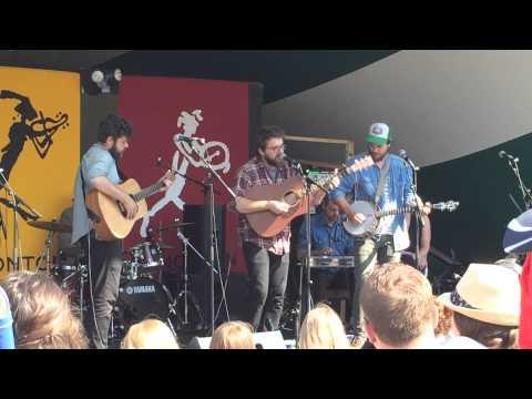 Bear's Den - Agape (Live at the Edmonton Folk Music Festival 2014)