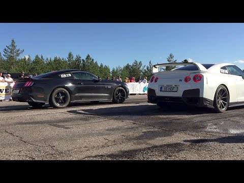 2017 Ford Mustang GT 5.0 Supercharged vs 2014 Nissan GT-R R35 1/4 mile drag race