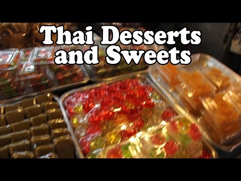 Thai Dessert: Trying Thai Street Food Desserts and Sweets. Street Food in Thailand Vlog