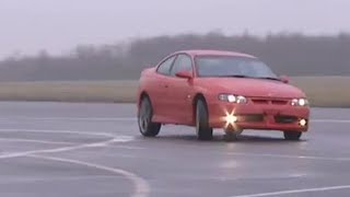 Holden Monaro power lap | Top Gear
