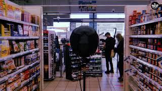 Supermarket sounds (music off)