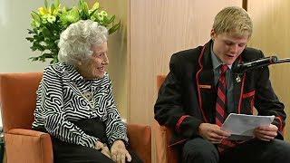Австралийские подростки подружились с жителями дома престарелых (новости)