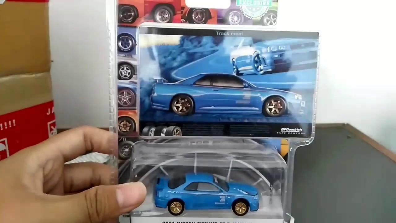 GREENLIGHT HOBBY EXCLUSIVE BLUE 2001 NISSAN SKYLINE GT-R BFGOODRICH AD CARS