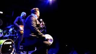 Anthony Bauer Jr singt für Roger Cicero