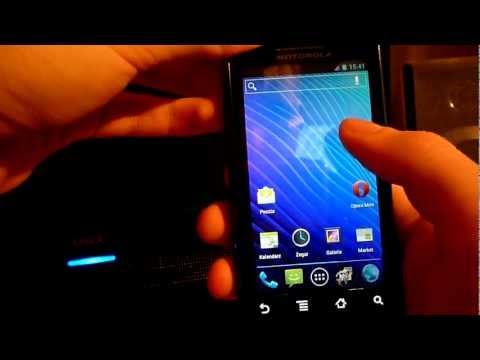 Android 4.0 Ice Cream Sandwich (CM 9) on Motorola Milestone