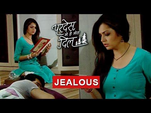 Naina LOVES Raghav | JEALOUS Of Sanjana |  Pardes Mein Hai Mera Dil thumbnail
