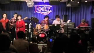 2010年12月12日、五反田・Rockyで行った「Home Stretch」のファースト・...